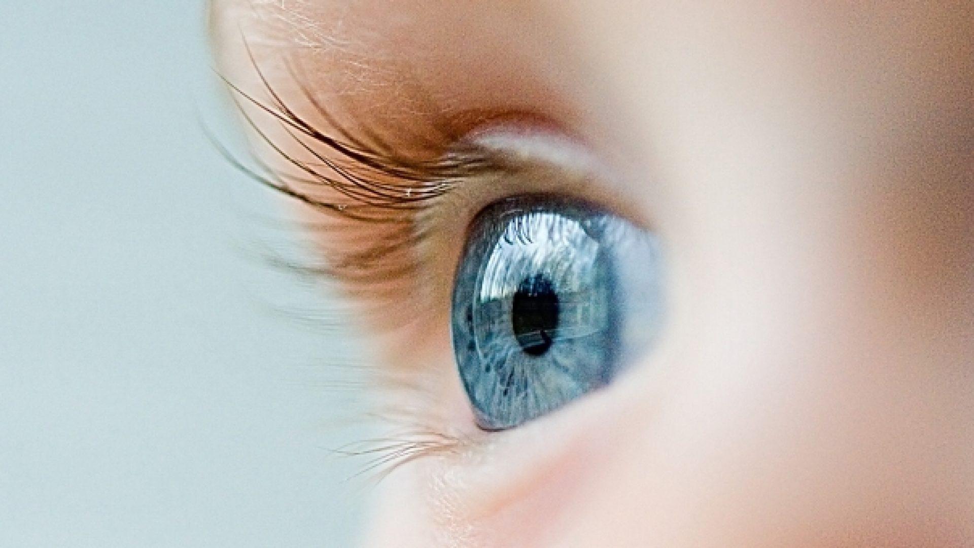 Met zachte ogen kijken